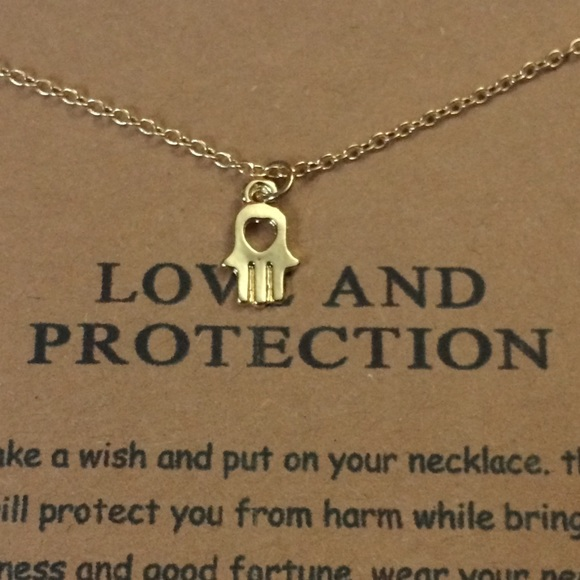 Hamsa Love & Protection Necklace Pendant Dogeared NWT